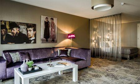 Luxury Superior Suite - Luxury Suites Amsterdam - Amsterdam