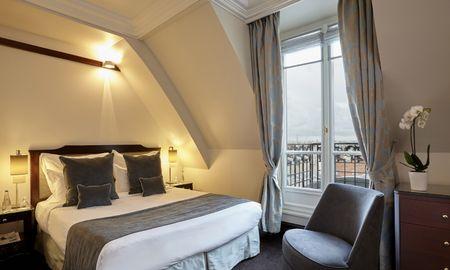 Chambre Deluxe avec Vue Eiffel - Hotel Pont Royal - Paris