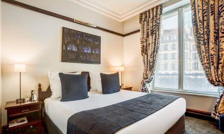 Superior Room - Hotel Pont Royal - Paris