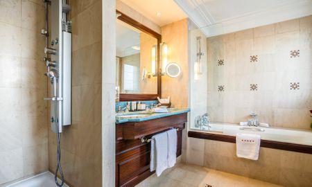 Penthouse Suite - Bleck Eiffel - Hotel Pont Royal - Paris