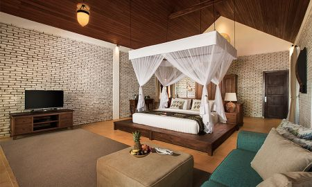 Villa Grand Piscina - Plataran Komodo Beach Resort - Flores