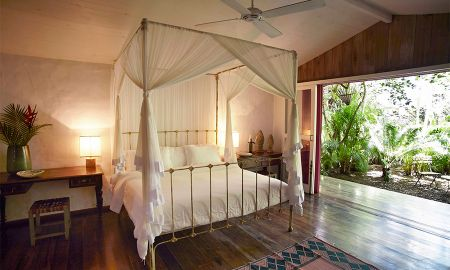 Seu Pedrinho - Uxua Casa Hotel & Spa - State Of Bahia