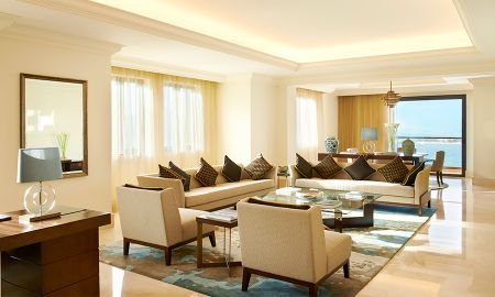 Corner Suite - One Bedroom - Fairmont The Palm - Dubai