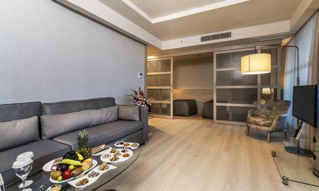 Family Suite (4 adults + 1 children) - Concorde Deluxe Resort - Antalya
