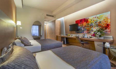 Deluxe Single Room - Land View - Concorde Deluxe Resort - Antalya