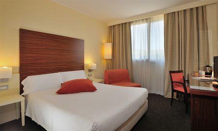 Номер бизнес класса комфортабельный - Hotel La Meridiana - Perugia