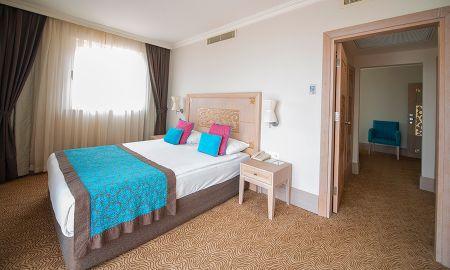 Standard Room with Sea View - CRYSTAL FAMILY Resort & SPA - Antalya