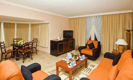 Family Room (2 adults + 2 children) - CRYSTAL SUNRISE QUEEN Resort & SPA - Antalya