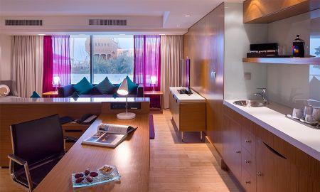 Suite Vue Mer avec accès au Lounge - Radisson Blu Hotel, Kuwait - Koweït