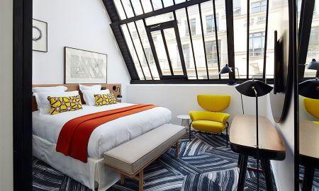 Deluxe Skylight Room - Hotel Du Ministere - Paris