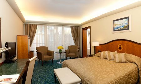 Boutique Hotel More Booking Info