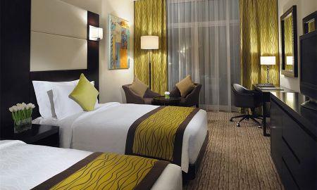 Camera Familiare - 2 Camere - Mövenpick Hotel Jumeirah Lakes Towers - Dubai