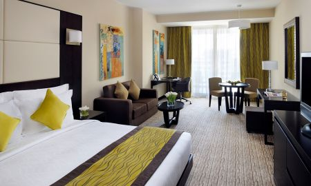 Suite Junior - Mövenpick Hotel Jumeirah Lakes Towers - Dubai