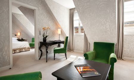 Junior Suite Prestige - Le Pavillon De La Reine - Paris