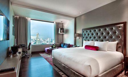 Business Class with Executive Lounge - Radisson Blu Plaza Bangkok - Bangkok