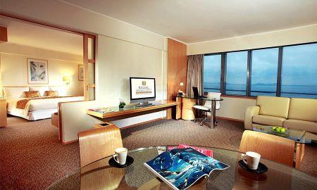Habitación Suite Deluxe - Regal Airport Hotel - Hong Kong