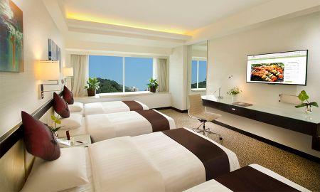 Quarto Quádruplo com 2 Camas de Casal - Regal Riverside Hotel - Hong Kong