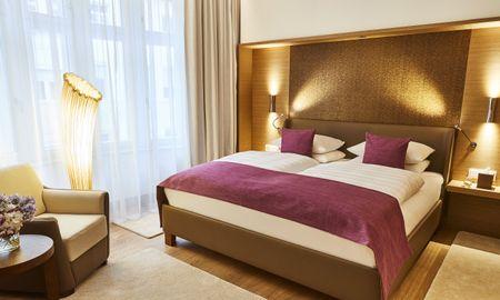 Quarto Deluxe - Hotel Vier Jahreszeiten Kempinski - Munique