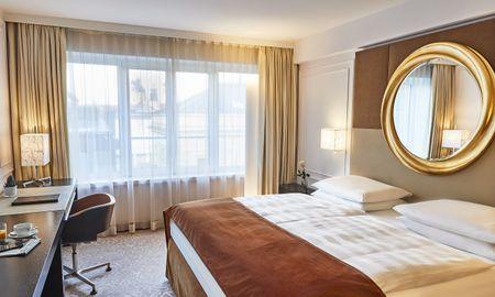 Quarto Premier - Hotel Vier Jahreszeiten Kempinski - Munique