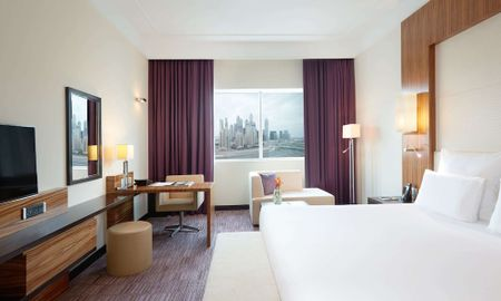 Habitación Superior - Pullman Dubai Jumeirah Lakes Towers - Hotel & Residence - Dubai