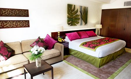 Junior Suite With Garden View - JA Palm Tree Court - Dubai