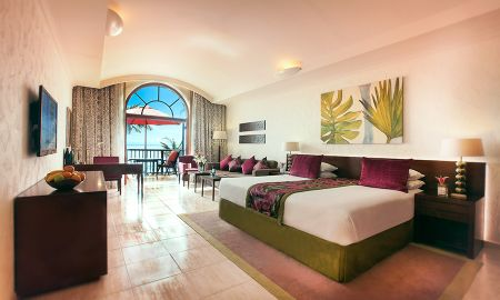 Junior Suite Royal Jasmine - JA Palm Tree Court - Dubai