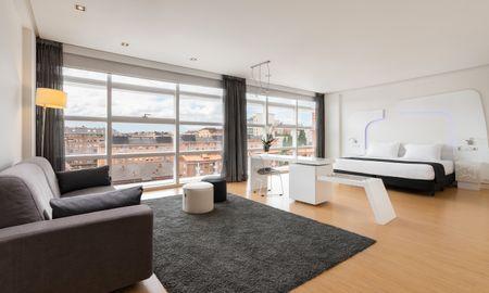 Junior Suite - Eurostars Palacio De Cristal - Oviedo