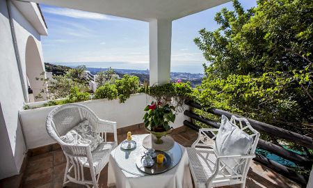 Andaluz Room - The Urban Villa - Marbella
