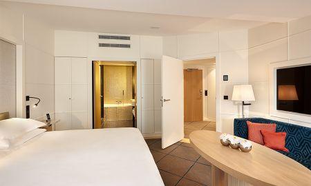 Suite Familiale - Hotel Opéra Richepanse - Paris