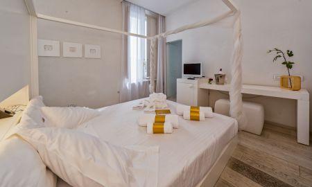 Quarto Prestige - Hotel Home - Toscana