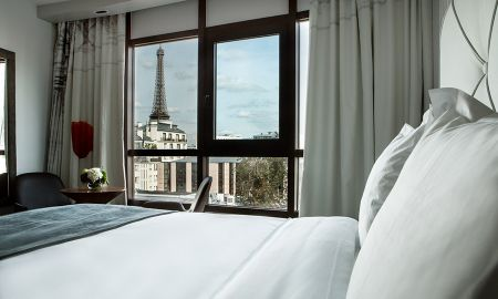 Privilege Double Room - Eiffel Tower View - Le Parisis - Paris Tour Eiffel - Paris