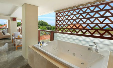 Grand Suite Ocean View with Spa Bath - The Bandha Hotel & Suites - Bali