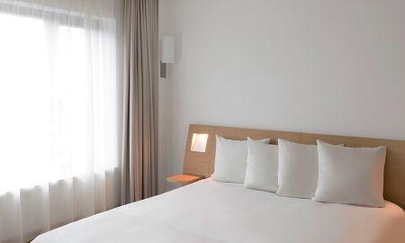 Standard Triple Room - Novotel Berlin Am Tiergarten - Berlin