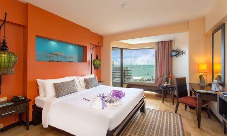 Номер люкс с видом на море - The Bayview Hotel Pattaya - Pattaya