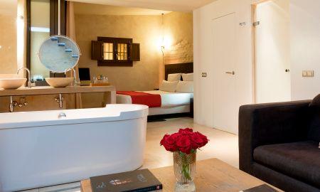 Junior Suite Premium - EME Catedral Hotel - Seville