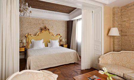 Junior Suite with Jacuzzi - Hotel Casa 1800 Sevilla - Seville