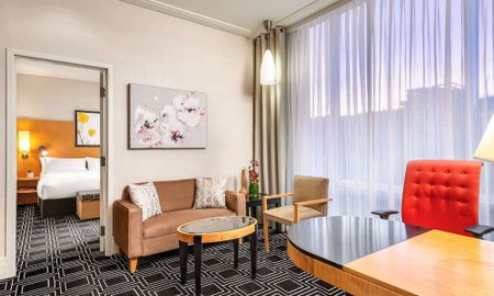 Junior Suite, 1 King Bed - Sofitel Montreal Golden Mile - Montreal