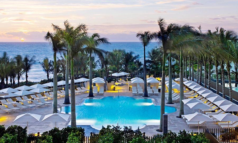Resultado de imagem para St. Regis Bal Harbour Resort