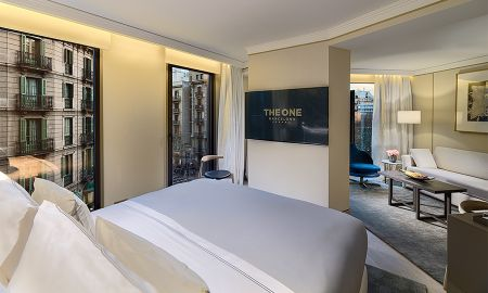 Suite Junior Familiale avec Vue sur Ville (2 Adultes + 1 Enfant) - The One Barcelona GL - Barcelone