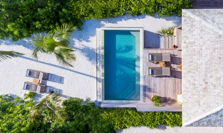Villa Beach Piscina - Hurawalhi Island Resort - Maldives