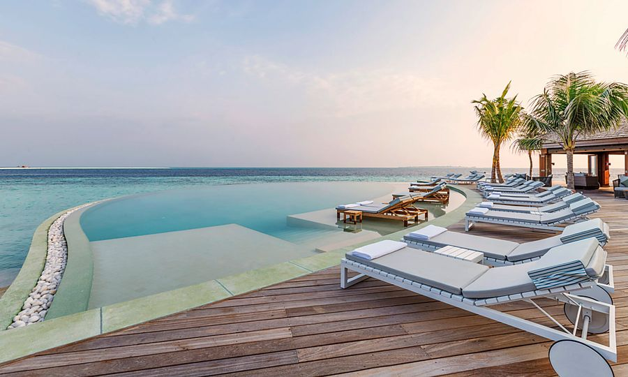 Hurawalhi Island Resort - Maldives