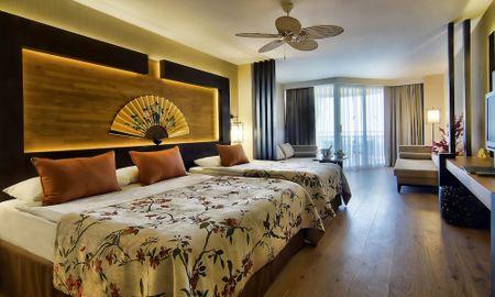 Standard Room - Sea View - Limak Lara De Luxe Hotel - Antalya