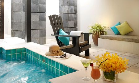 Suite con Patio y Jacuzzi privado - Amara Sanctuary Resort Sentosa - Singapore