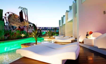 Studio Suite Swim up - Hard Rock Hotel Ibiza - Balearic Islands