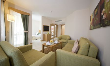 Family Room - Limak Arcadia Golf Resort - Antalya