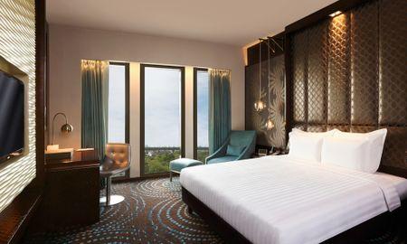 Deluxe King Room - Free Wifi - Pullman New Delhi Aerocity - Delhi