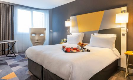 Deluxe Queen Room - Pullman Toulouse Airport - Toulouse