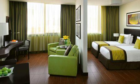 Habitación Deluxe Twin - Mövenpick Hotel Apartments Al Mamzar - Dubai