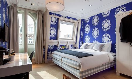 Quarto Standard - Vista para a Rua - Amsterdam Canal Hotel - Amsterdã