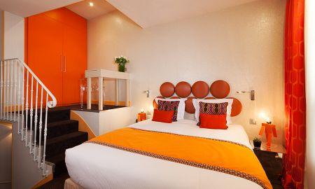 Vierbettzimmer - Hotel Le Petit Paris - Paris